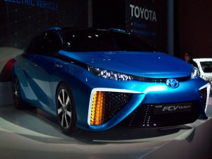 Toyota FCV Fuel Cell Vehicle2